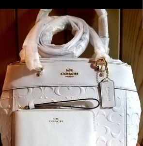 🎈🎈COACH💖BRAND NEW 🎁👜🎈SALE 24HR ONLY$245